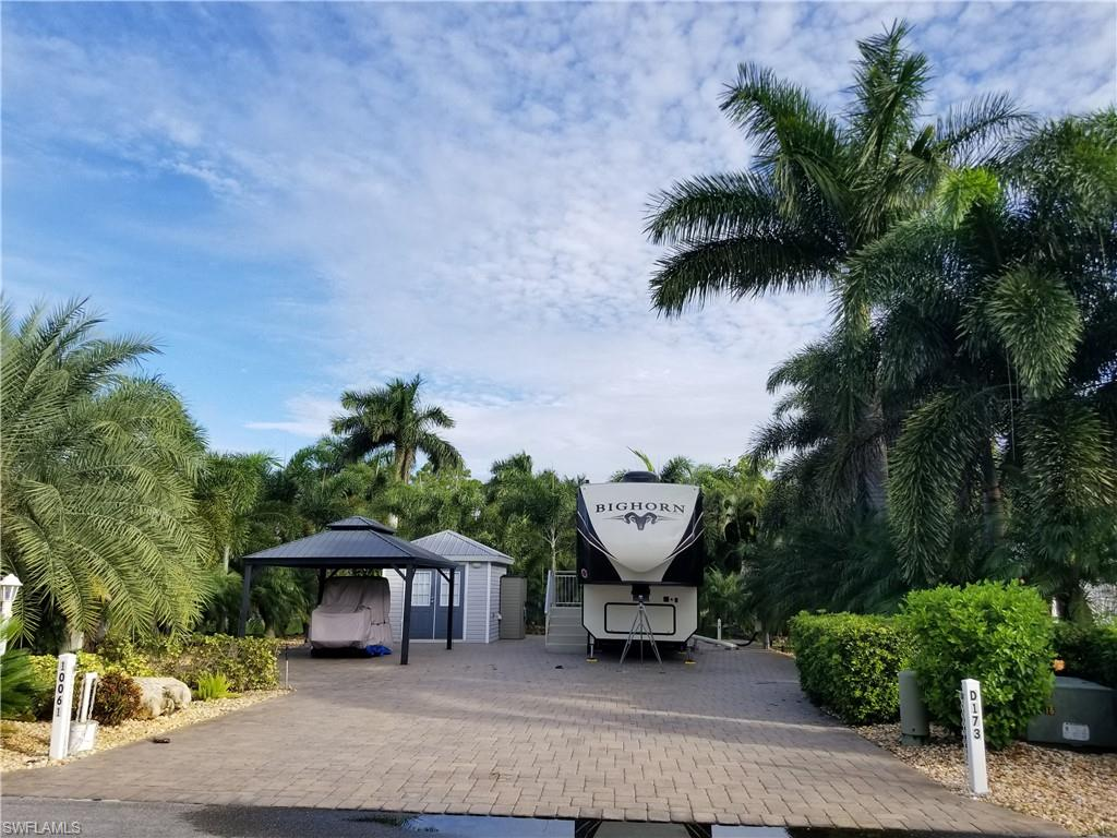 10061 Stonewood Drive Property Photo - FORT MYERS, FL real estate listing