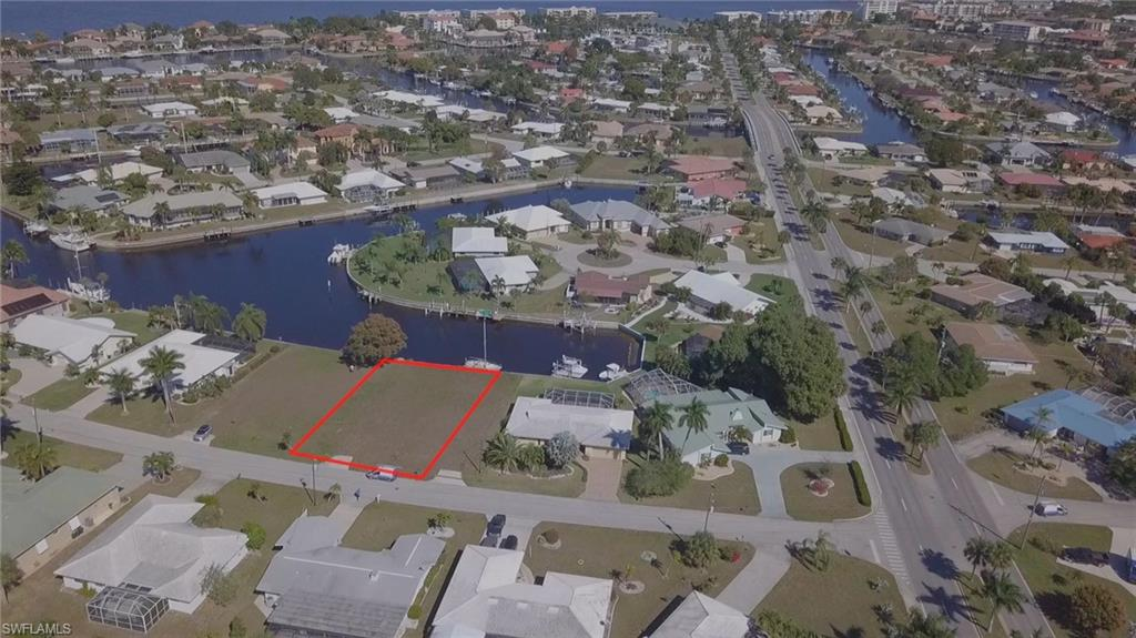 182 Crescent Drive Property Photo - PUNTA GORDA, FL real estate listing