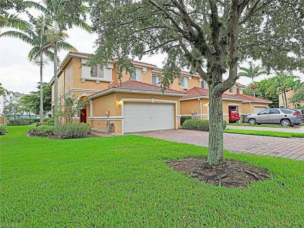 9993 Chiana Circle Property Photo - FORT MYERS, FL real estate listing