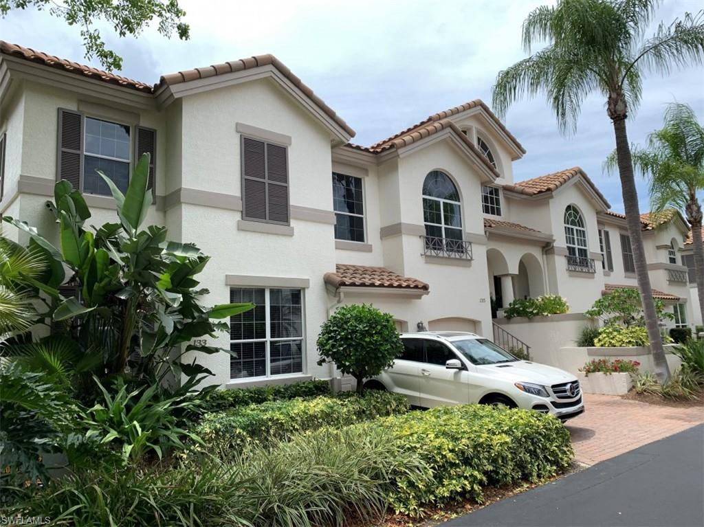 133 Colonade Circle Property Photo - NAPLES, FL real estate listing