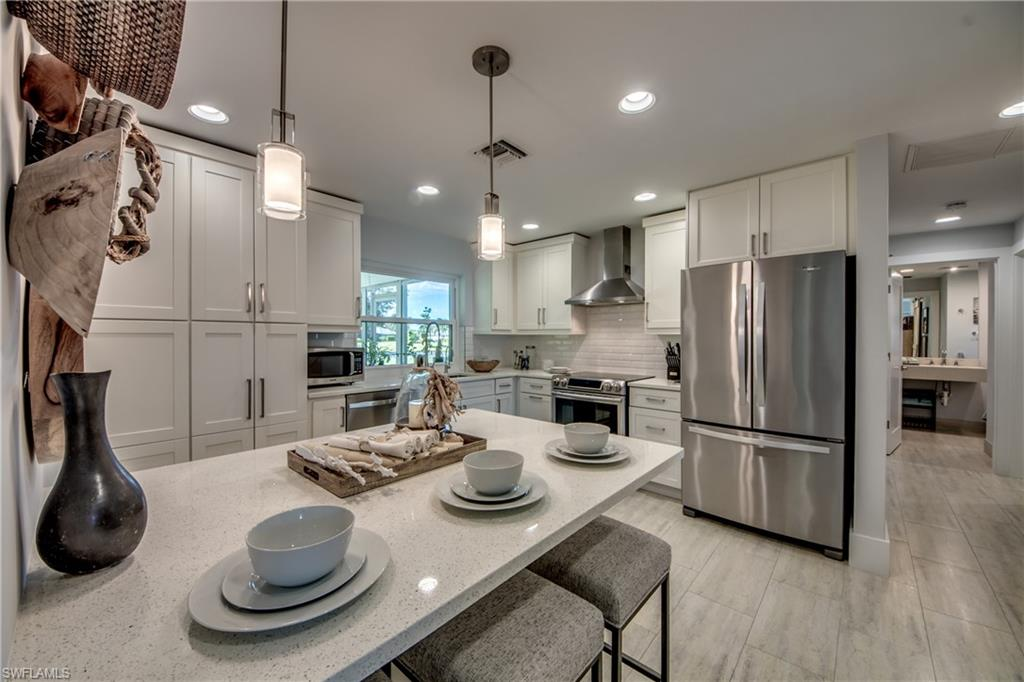 4446 Lakewood Boulevard Property Photo - NAPLES, FL real estate listing