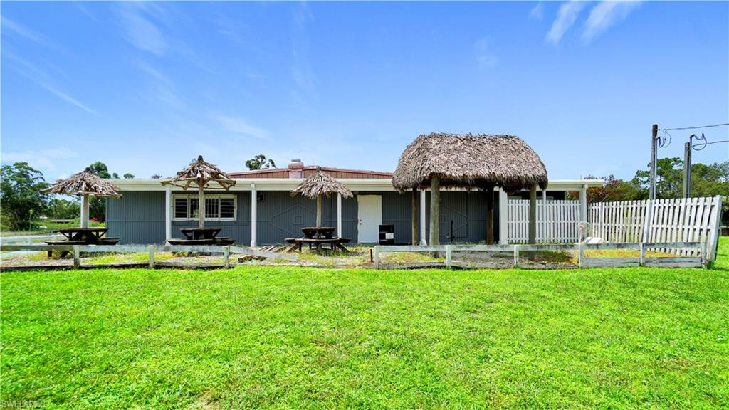 210 N Jinete Street Property Photo - CLEWISTON, FL real estate listing