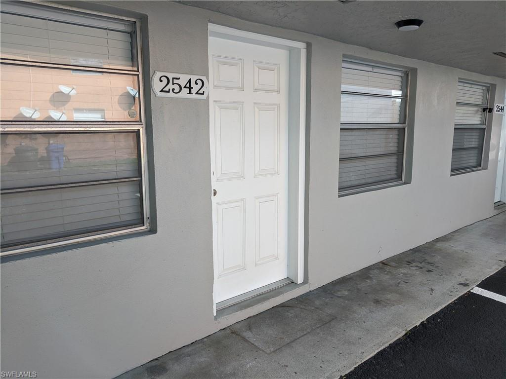 2542 Congress Street Property Photo - FORT MYERS, FL real estate listing