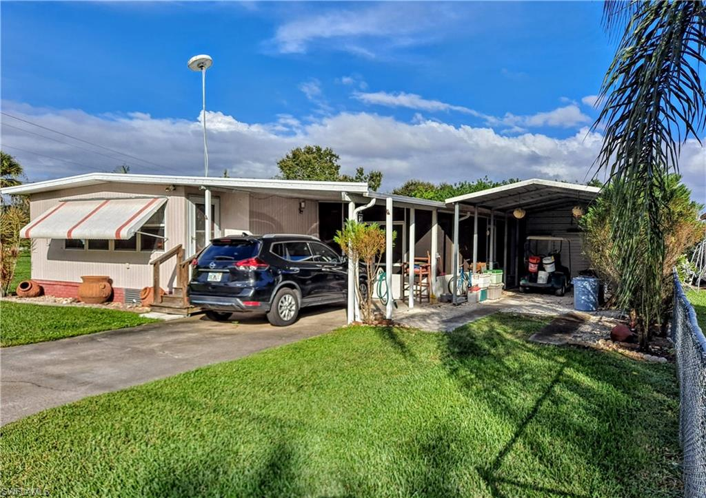 1021 Blue Heron Lane Property Photo - MOORE HAVEN, FL real estate listing