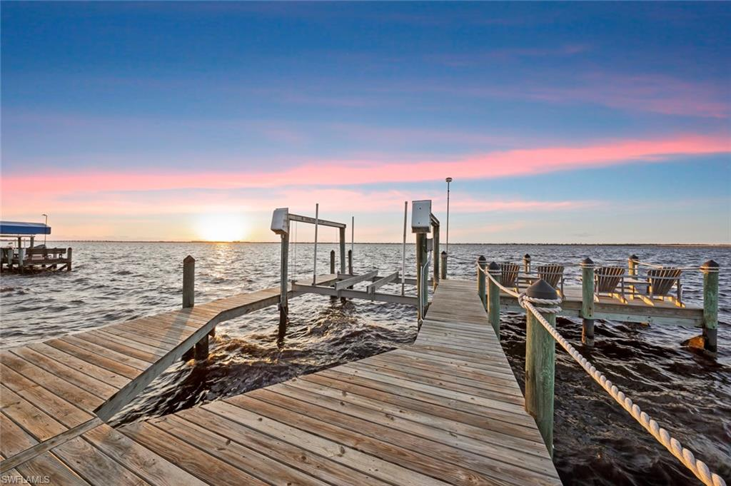 6009 W Riverside Drive Property Photo - FORT MYERS, FL real estate listing