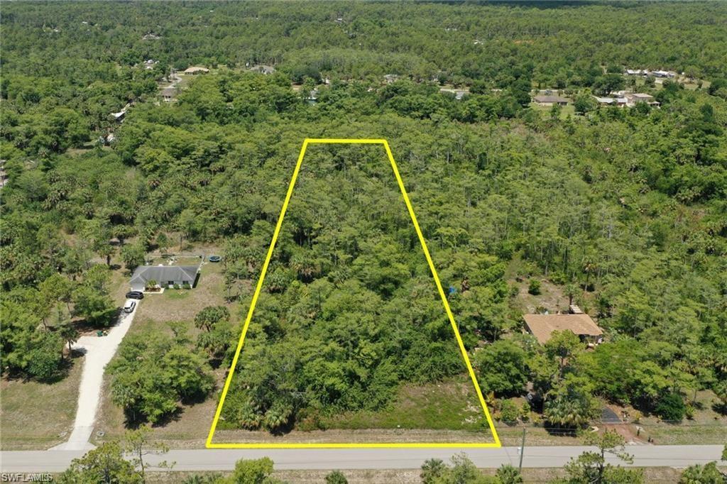 533 6th Street SE Property Photo - NAPLES, FL real estate listing