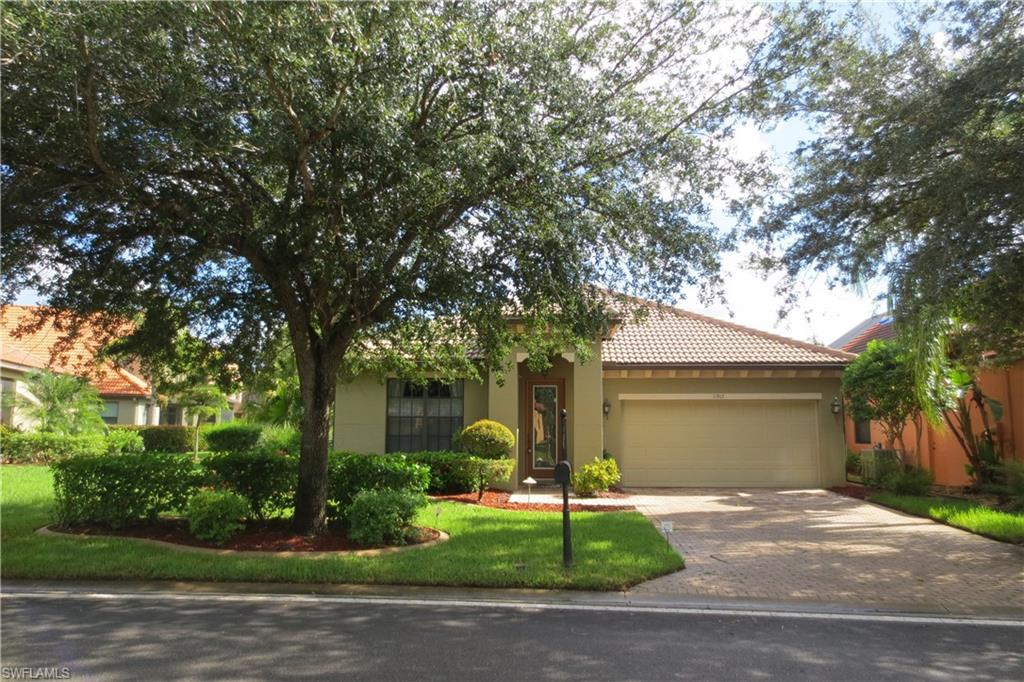 11915 Country Day Circle Property Photo - FORT MYERS, FL real estate listing