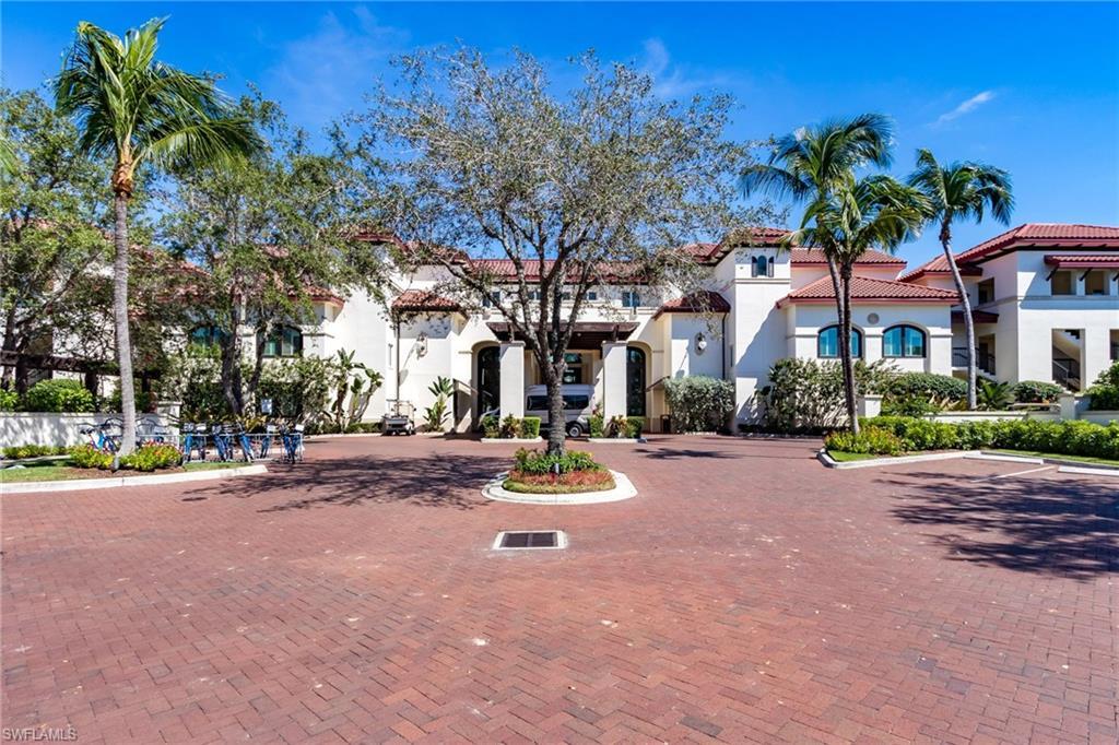 221 9th Street S #304 Property Photo - NAPLES, FL real estate listing