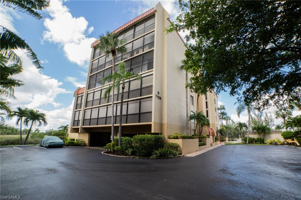 7129 Lakeridge View Court #303 Property Photo - FORT MYERS, FL real estate listing