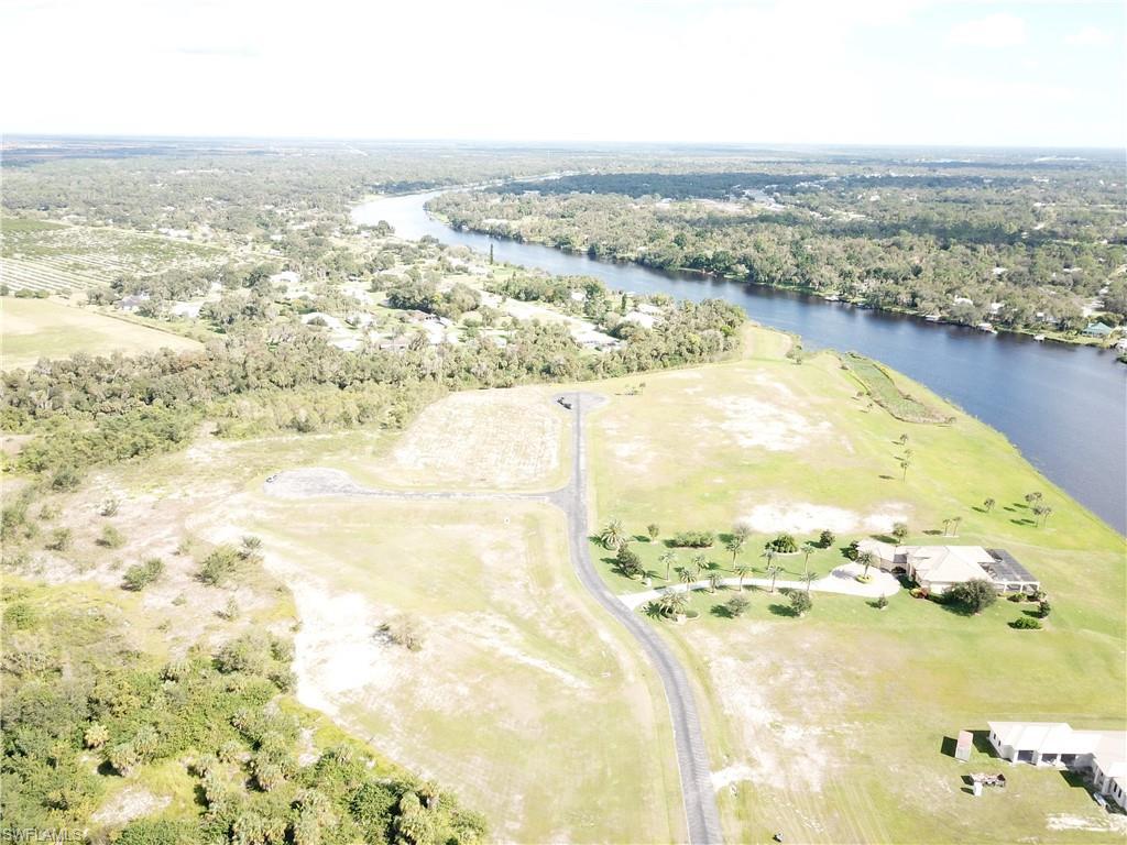2550 Creekside Court Property Photo - LABELLE, FL real estate listing
