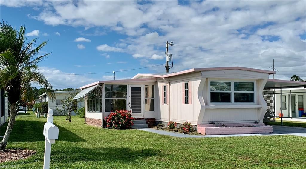 513 Pine Tree Court Property Photo - NORTH FORT MYERS, FL real estate listing