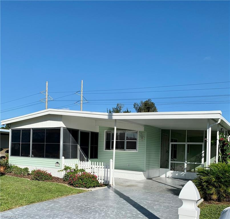 736 Knotty Pine Circle Property Photo - NORTH FORT MYERS, FL real estate listing
