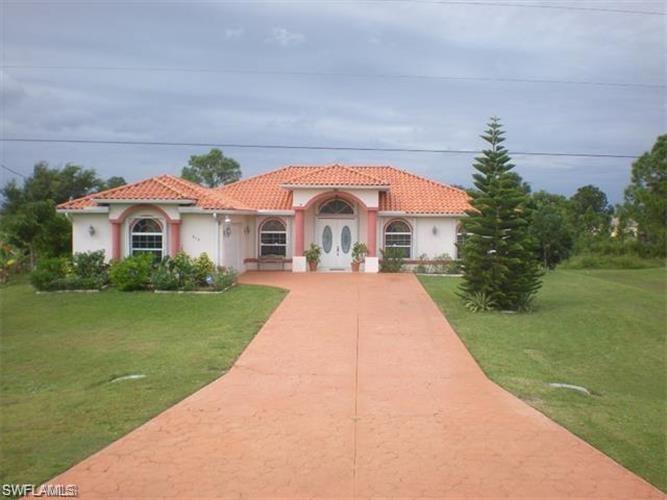 919 Sunniland Boulevard Property Photo - LEHIGH ACRES, FL real estate listing