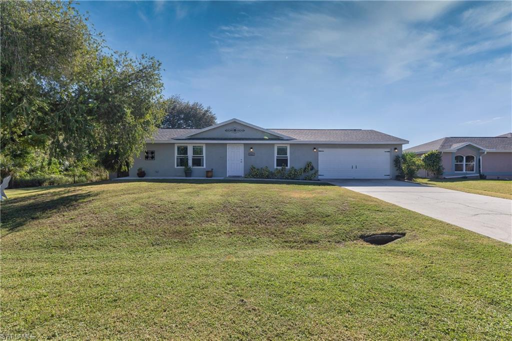 6802 Wolf Run Lane Property Photo - NORTH FORT MYERS, FL real estate listing