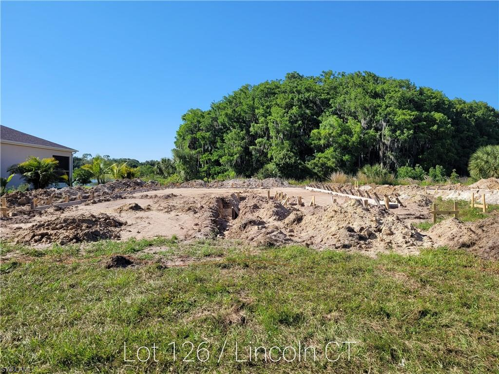 1371 Lincoln Court Property Photo