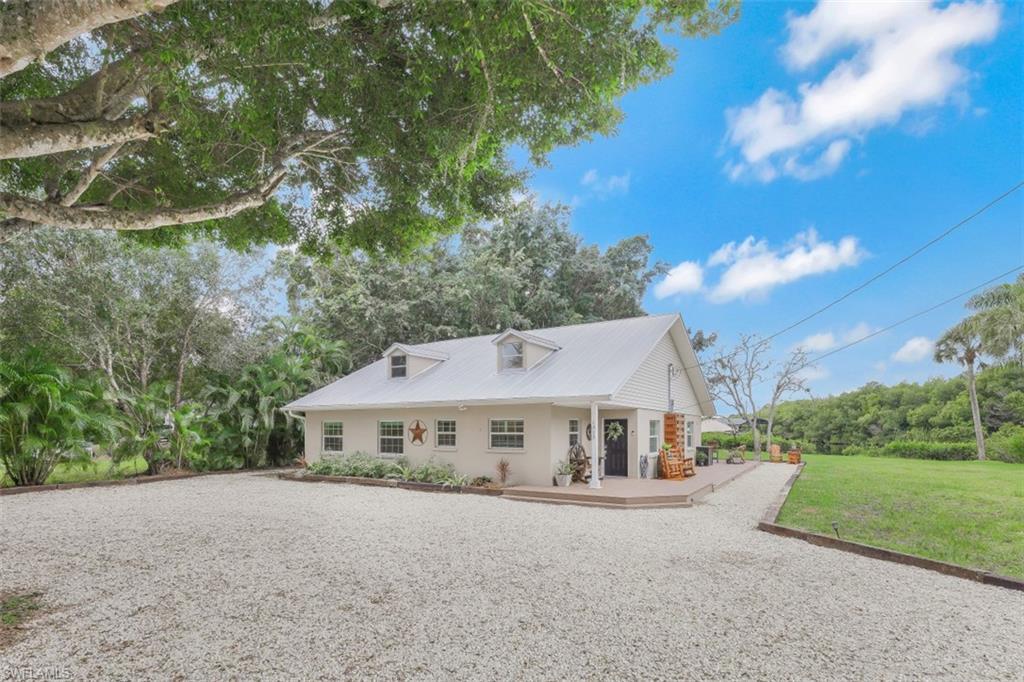 Charlau Channels Real Estate Listings Main Image