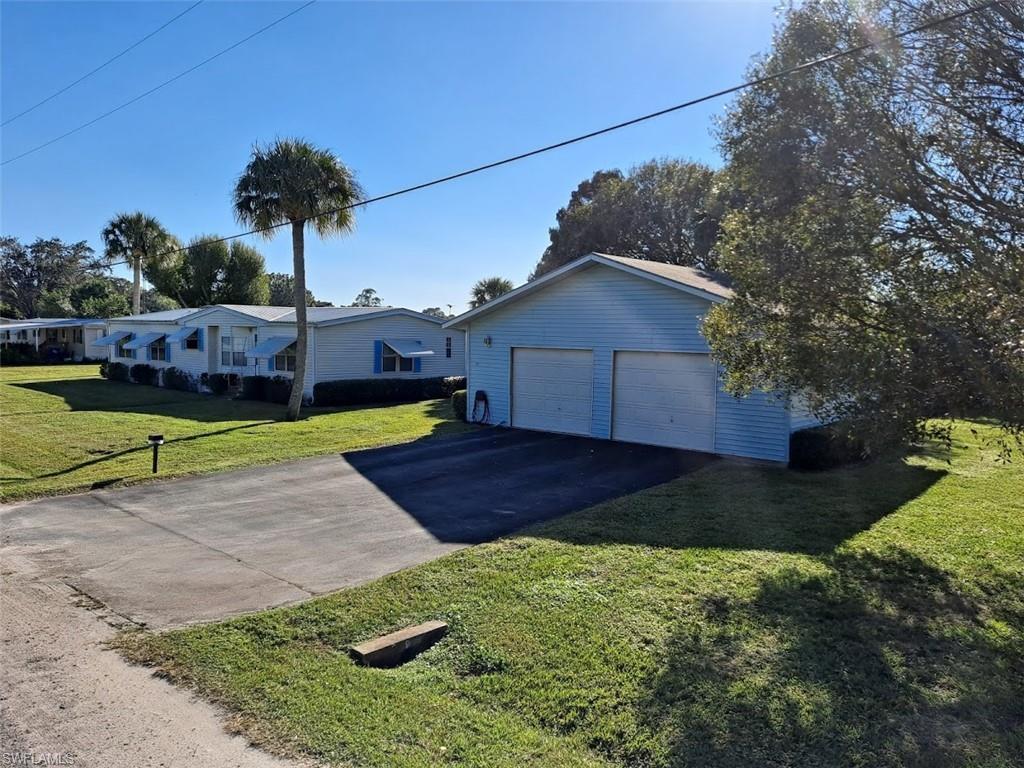 1056 Okura Street Property Photo - MOORE HAVEN, FL real estate listing