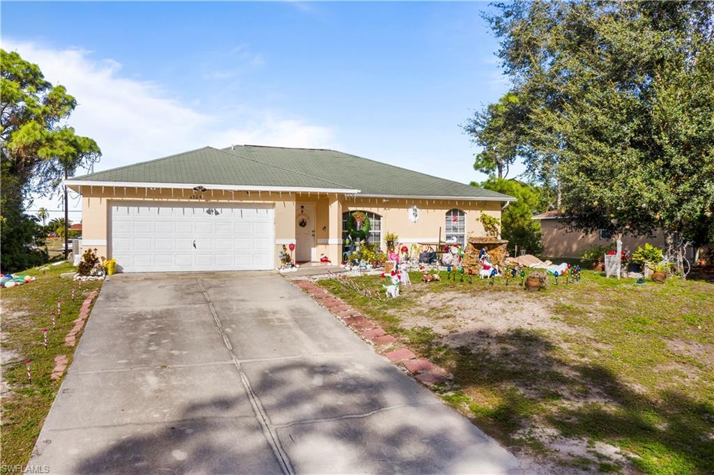 4204 6th Street W Property Photo
