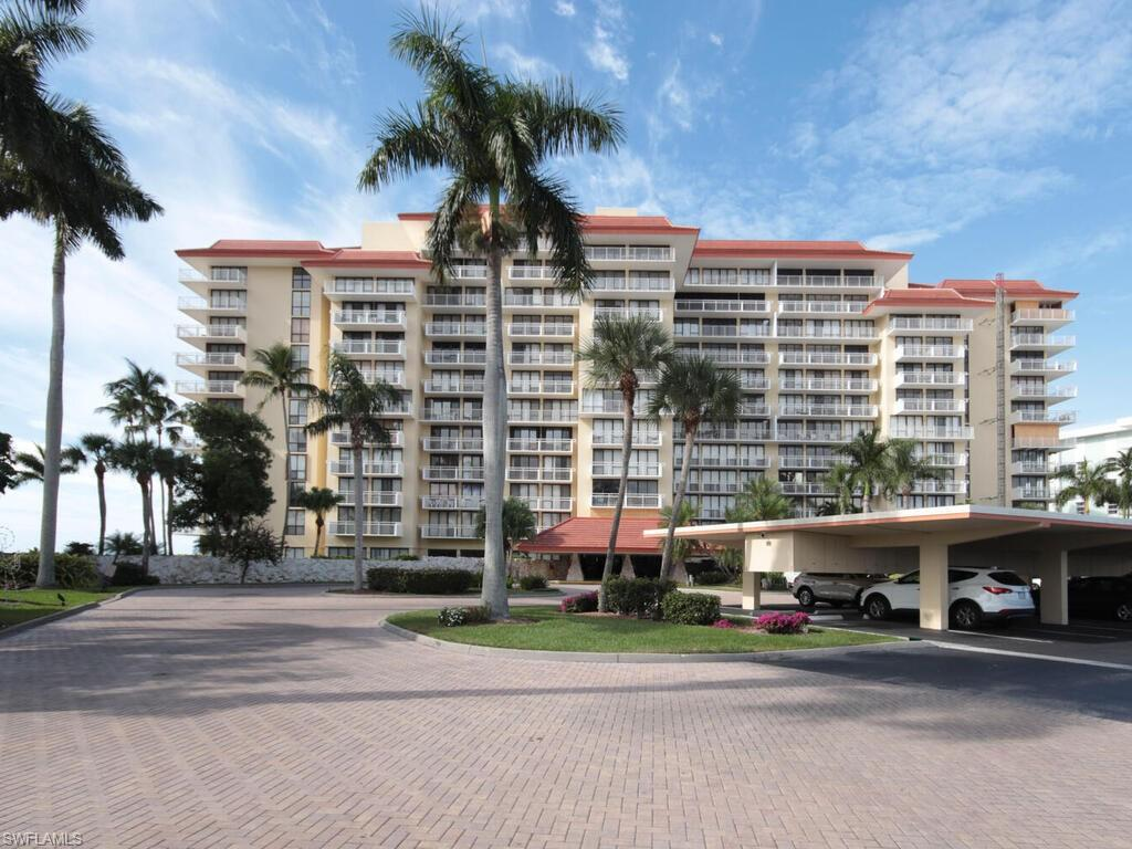 180 Seaview Court #713 Property Photo - MARCO ISLAND, FL real estate listing