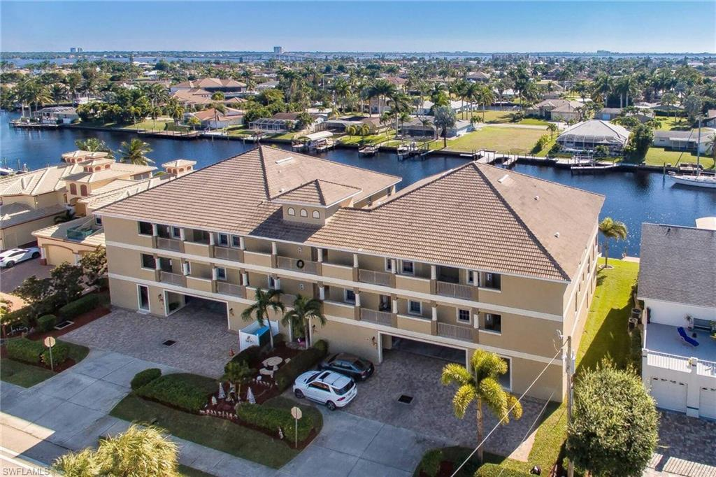 Beach Bay Villas Real Estate Listings Main Image