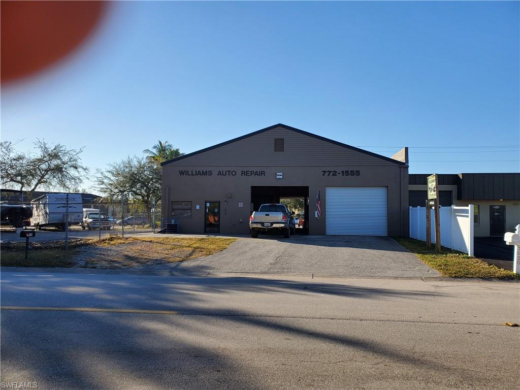 1028 SE 9th Street Property Photo - CAPE CORAL, FL real estate listing