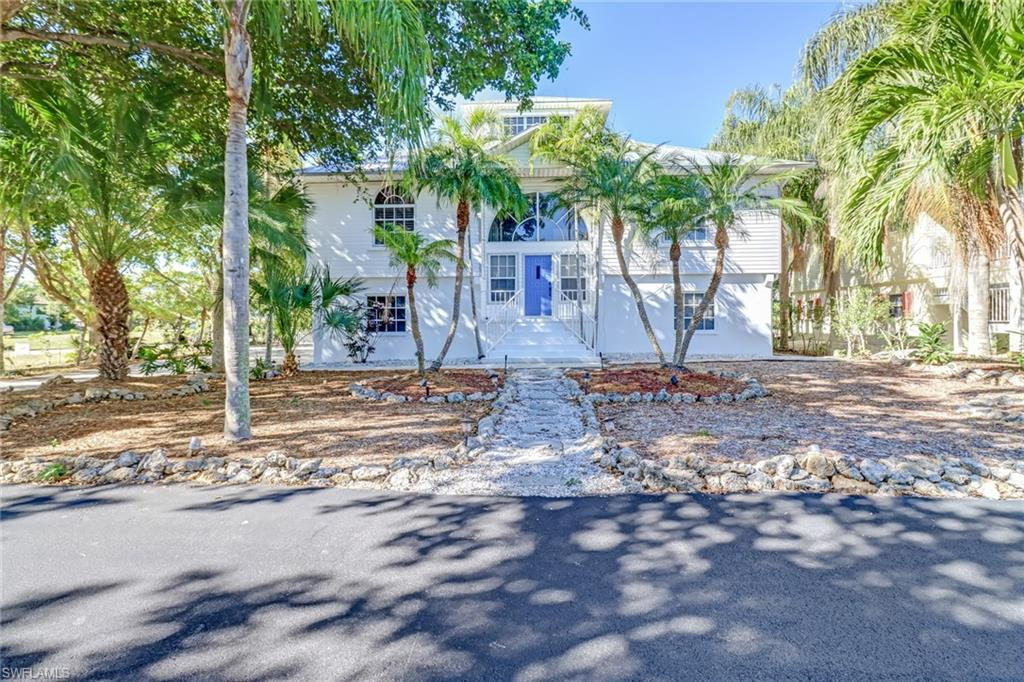 2988 Buttonwood Key Court Property Photo - ST. JAMES CITY, FL real estate listing