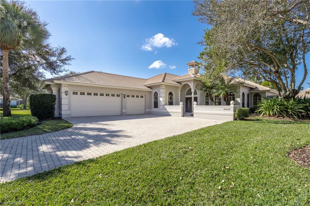 5847 Whisperwood Court Property Photo - NAPLES, FL real estate listing