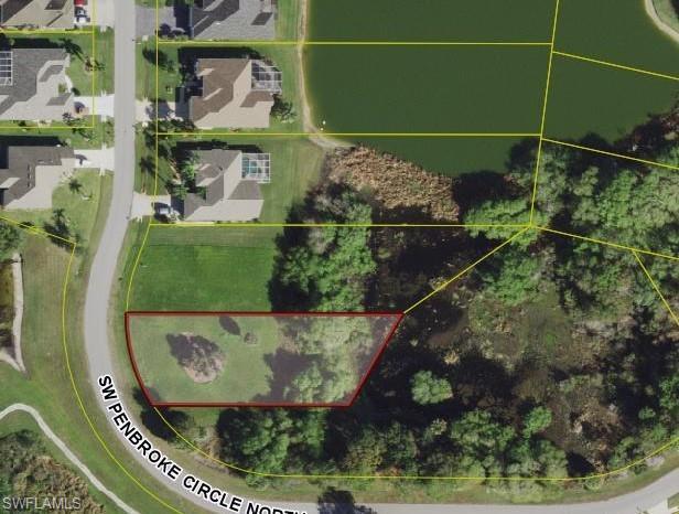 12692 SW Pembroke Circle Property Photo - LAKE SUZY, FL real estate listing