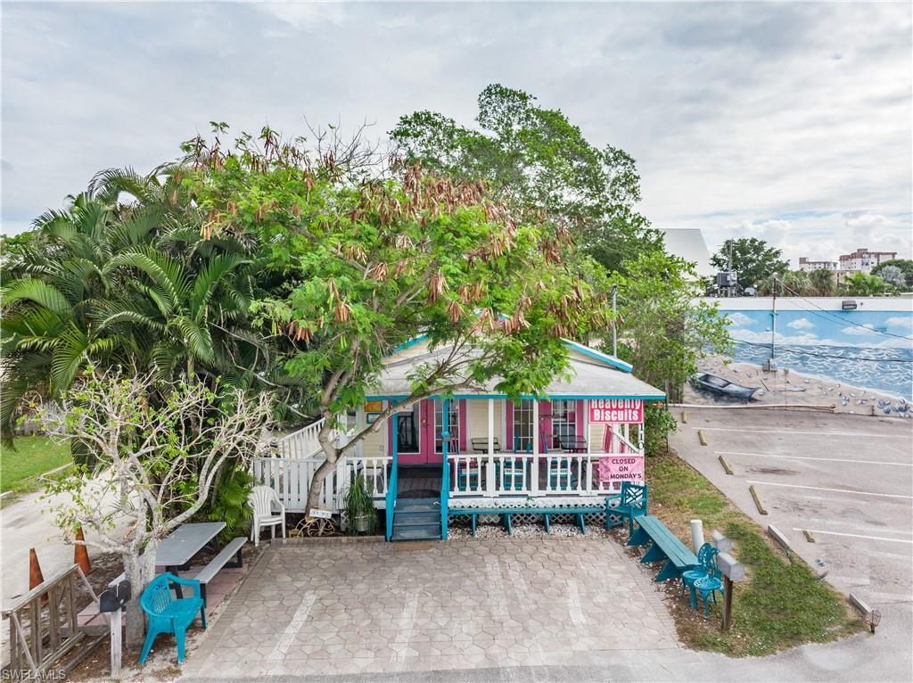 110 Mango Street Property Photo