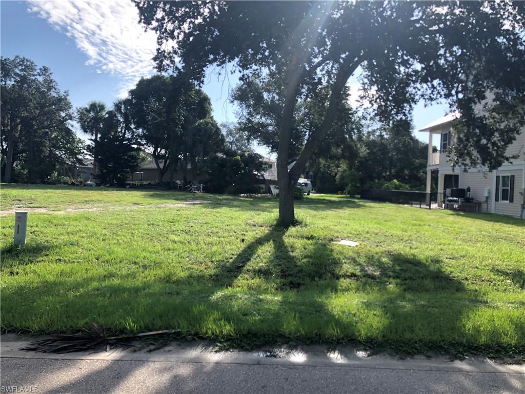 San Carlos Drive Property Photo