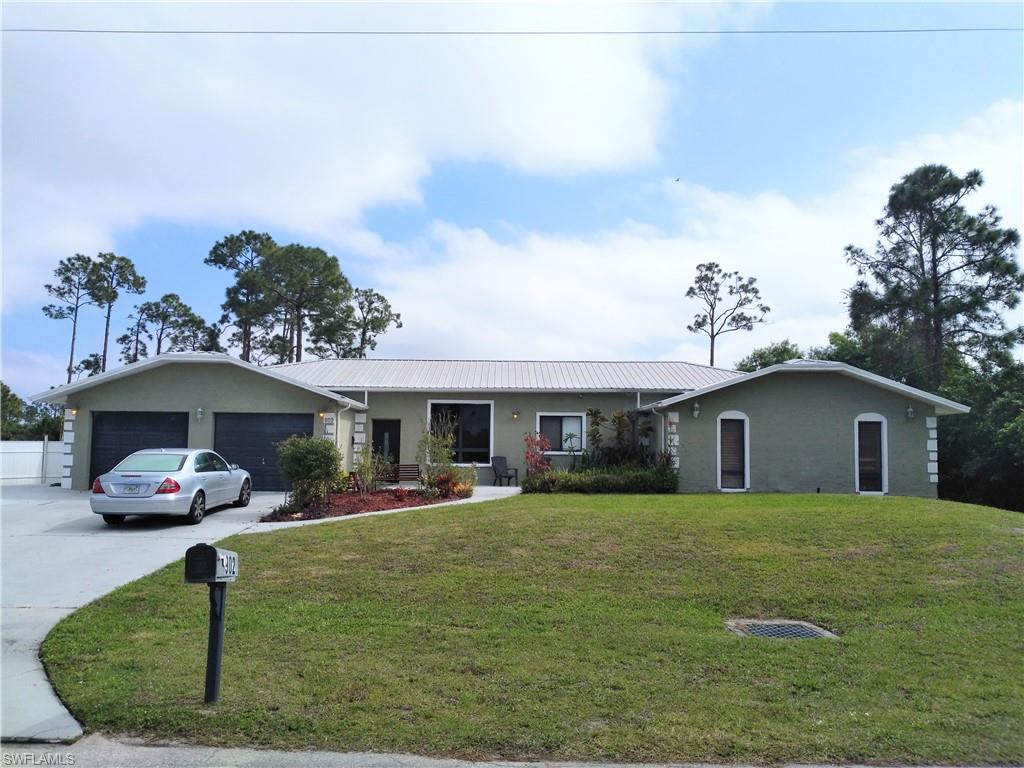 902 5th Avenue Property Photo - LEHIGH ACRES, FL real estate listing