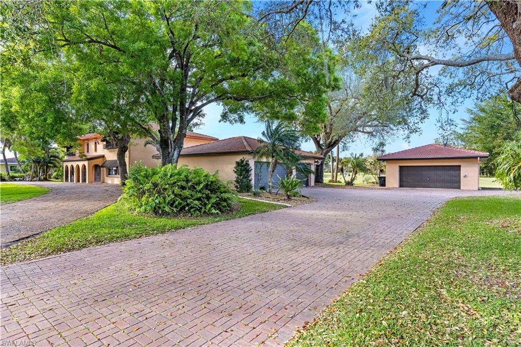 1620 Saint Clair Avenue E Property Photo