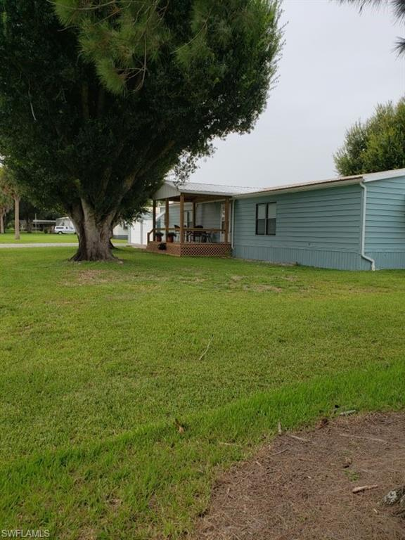 1089 Bay Drive NW Property Photo - MOORE HAVEN, FL real estate listing