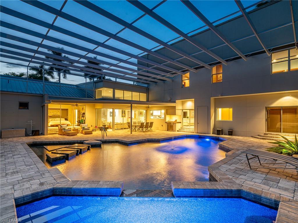 13627 Pine Villa Lane E Property Photo