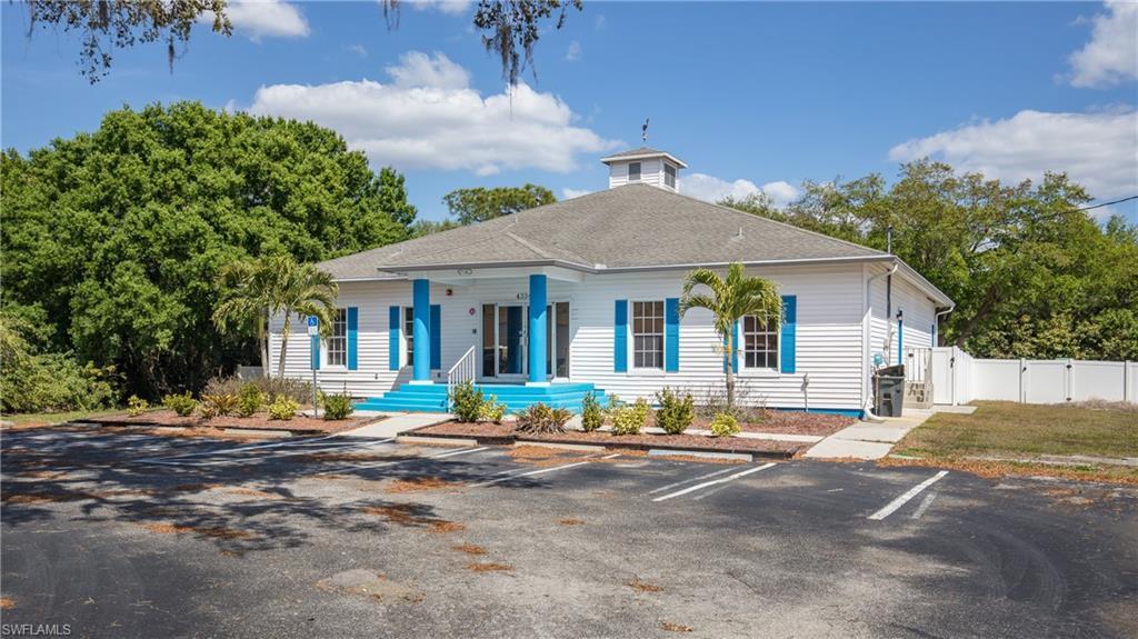 4334 Laura Street Property Photo
