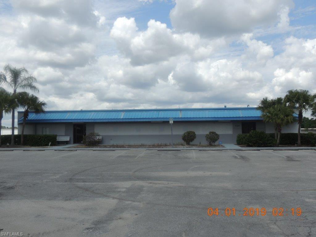 730 E Cowboy Way Property Photo - LABELLE, FL real estate listing