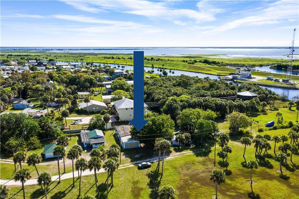 1105 Kaufman Lane Property Photo - MOORE HAVEN, FL real estate listing