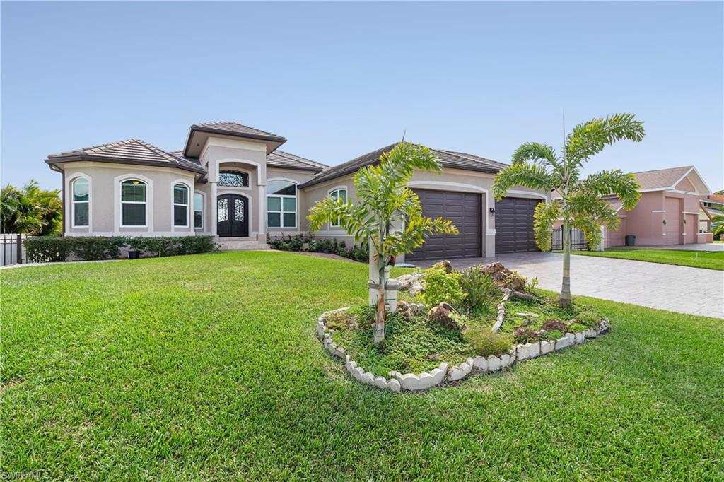 2069 Club House Road Property Photo - NORTH FORT MYERS, FL real estate listing