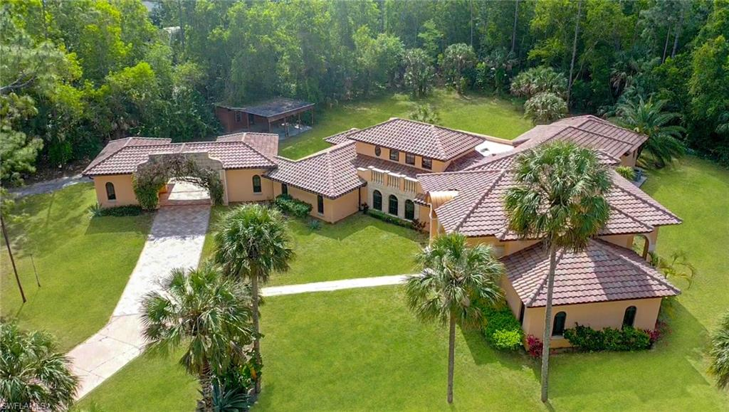 5440 Hawthorn Woods Way Property Photo - NAPLES, FL real estate listing