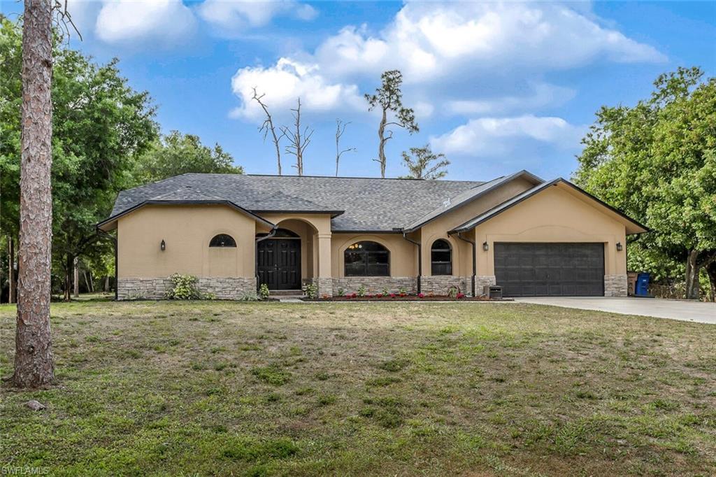 11880 Homestead Lane Property Photo - FORT MYERS, FL real estate listing