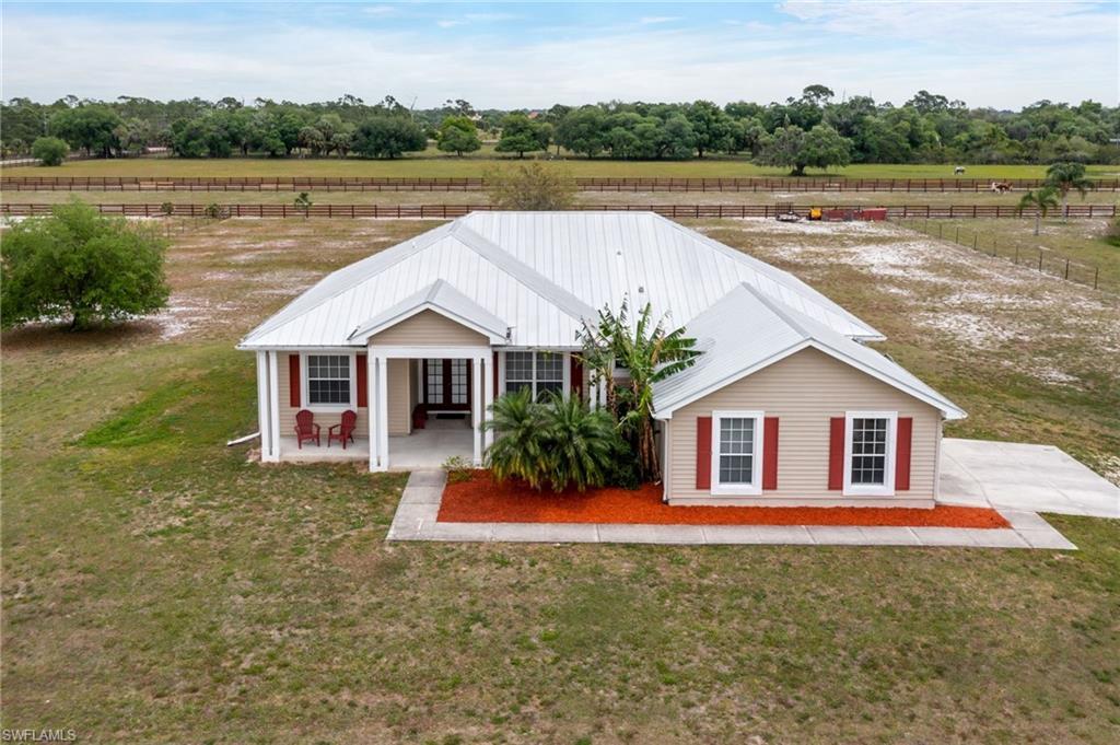 18180 Traverse Drive Property Photo - ALVA, FL real estate listing