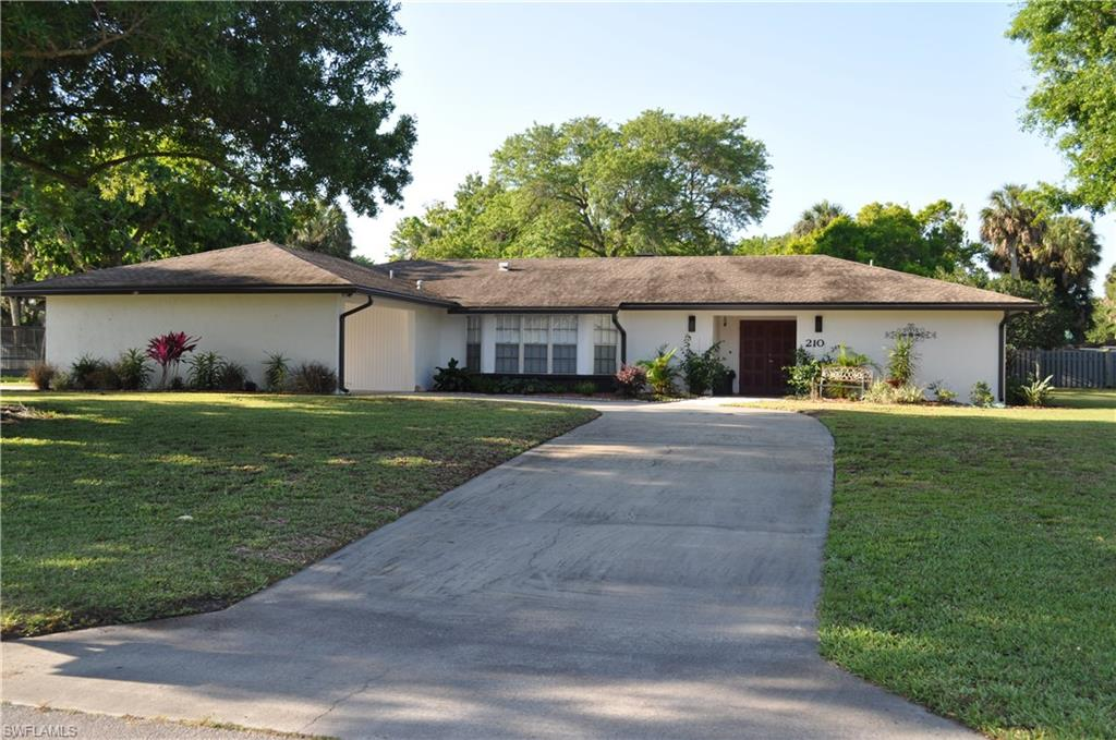 210 Ridgewood Avenue Property Photo - CLEWISTON, FL real estate listing