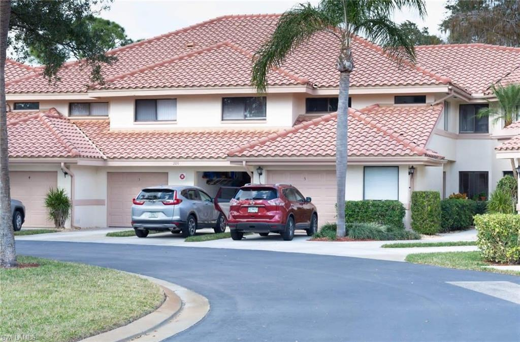 Coach Homes Real Estate Listings Main Image