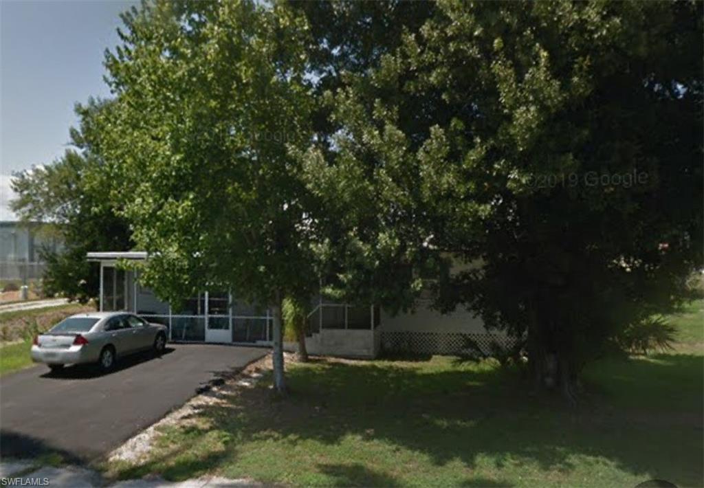399 Avenue J SW Property Photo - MOORE HAVEN, FL real estate listing