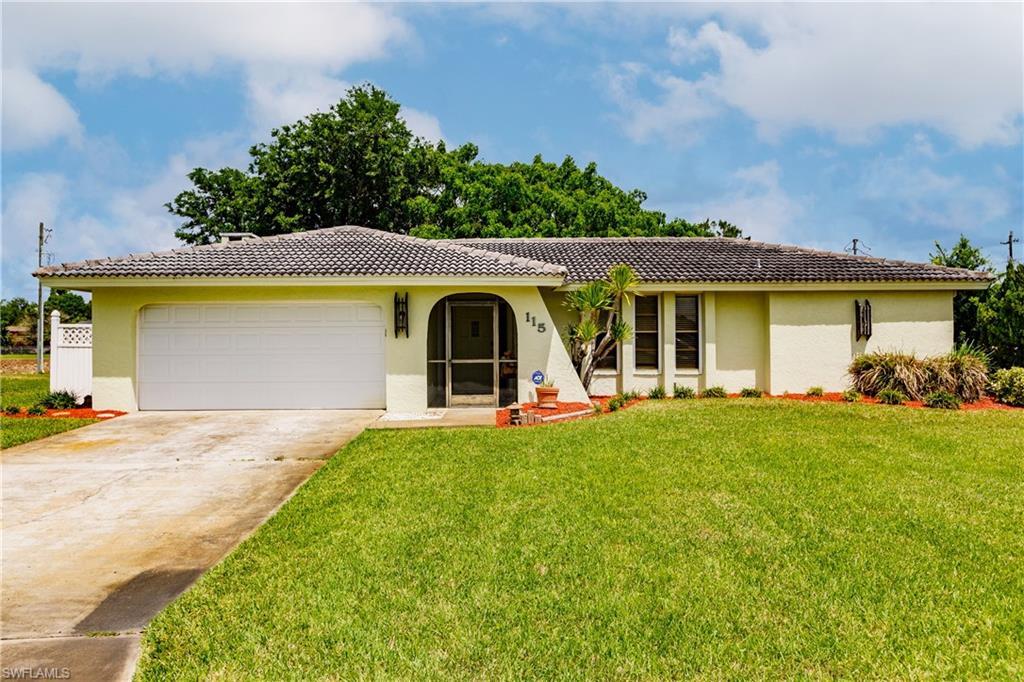 115 Sebring Circle Property Photo - LEHIGH ACRES, FL real estate listing