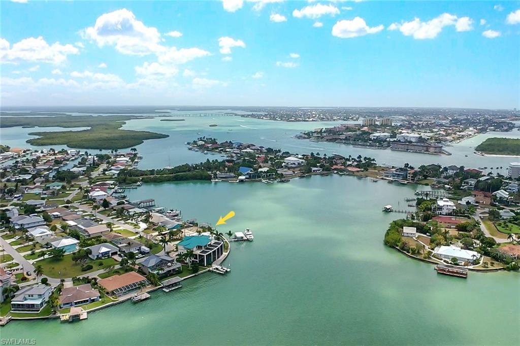 150 Tahiti Circle Property Photo - NAPLES, FL real estate listing