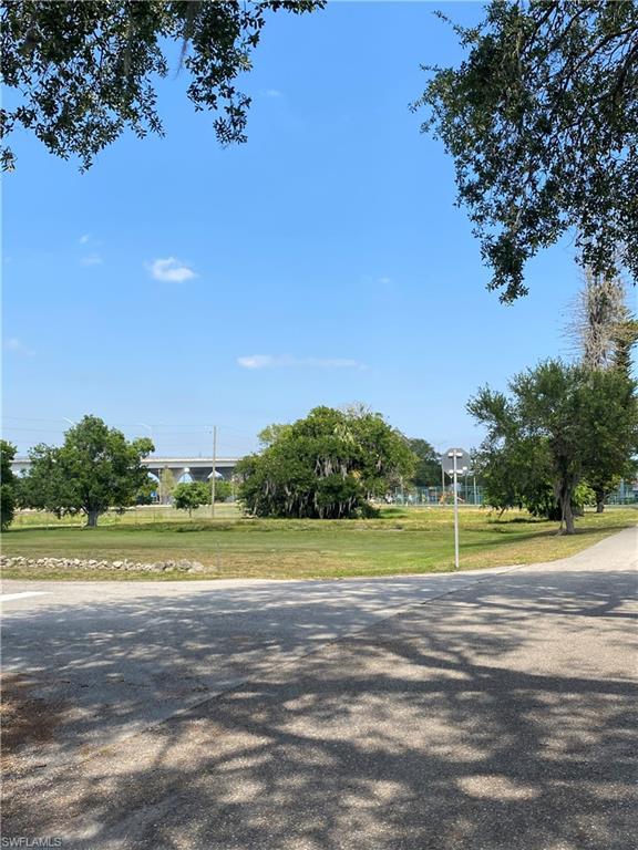 171 Avenue K Sw Property Photo 1