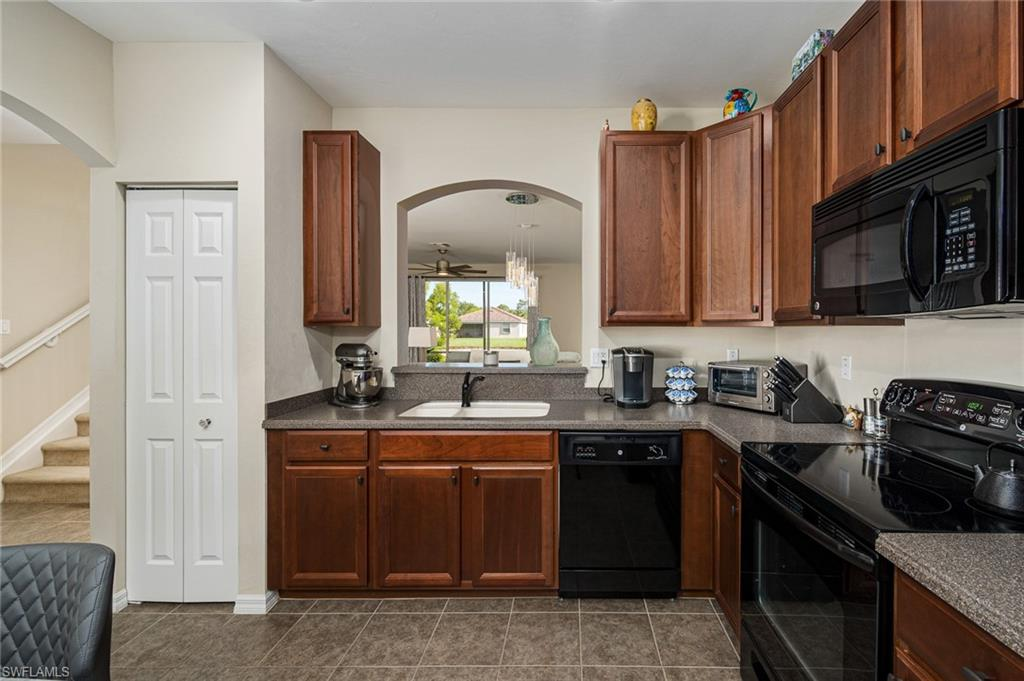 2445 Laurentina Lane Property Photo - CAPE CORAL, FL real estate listing