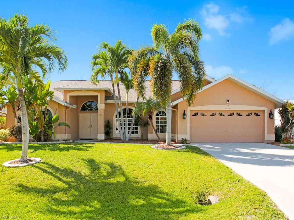 Four Mile Cove Real Estate Listings Main Image