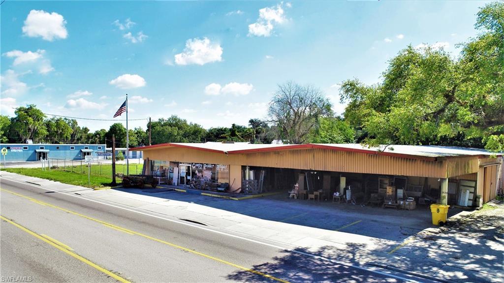 265 N Bridge Street Property Photo